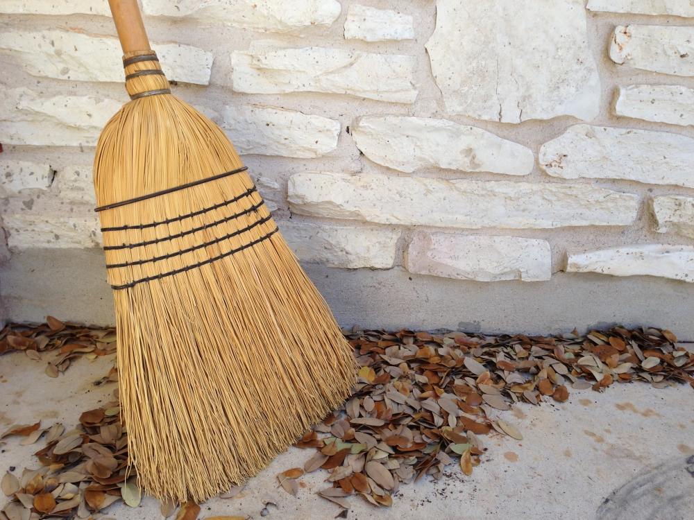 The Origin of Spring Cleaning: Passover (1/2)