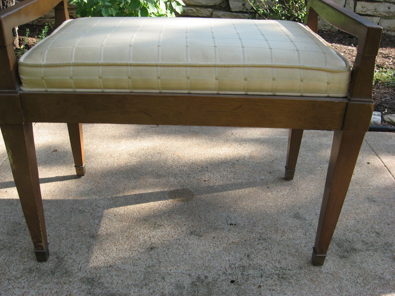 ... antique vanity bench from this: IMG_7847 - New Life For This Old Vanity Bench Around My Home