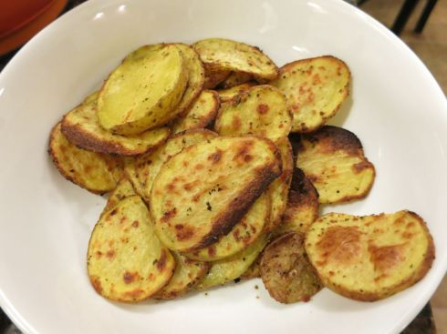 Roasted Garlic Potato Slices